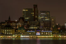 Hamburg bei Nacht by fotolos