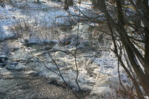 Frosty river by perennite