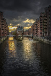 ... hamburger speicherstadt by Manfred Hartmann