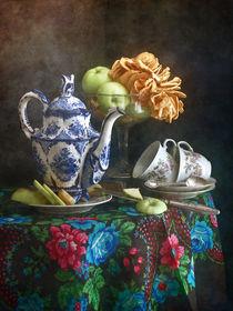 Teekanne und Äpfel von Nikolay Panov