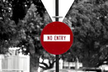Road sign 'No entry' - New Zealand by stephiii