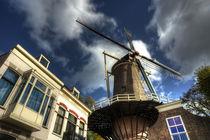 Gouda Windmill von Rob Hawkins