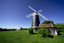 a Norfolk Windmill  von Rob Hawkins