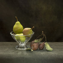 Pears by Valentin Ivantsov