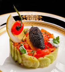 Caviar and Salmon Salad von maxal-tamor
