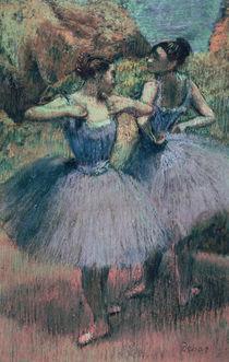 Dancers in Violet von Edgar Degas