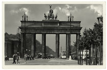 Berlin, Brandenburger Tor / Fotopostkarte, um 1938 by AKG  Images