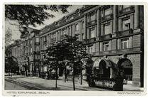 Berlin, Hotel Esplanade, Fotopostkarte, vor 1933 von AKG  Images