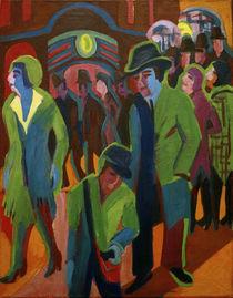 E.L.Kirchner, Straße mit Passanten von AKG  Images
