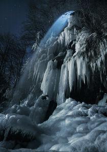 Eisfall im Mondlicht by Franz Schumacher