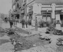 Removing the cobblestones outside the Criterion Theatre von English Photographer