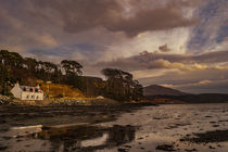 View of 'The Lump' and Ben Tianavaig from Loch Portree von Bruce Parker