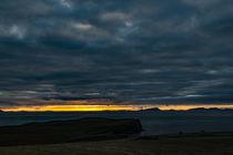 Sunset from Trumpan, on the Waternish Peninsula, Isle of Skye, looking towards the Western Isles von Bruce Parker