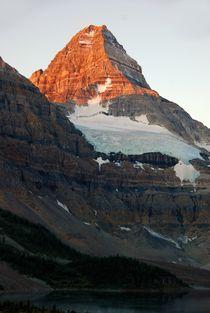 Mount Assiniboine, Canada von Geoff Amos