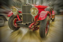 roter Oldtimer - Zoom Burst by Gisela Peter
