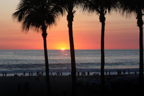 Sunset Crowd on the Beach by gravityx9
