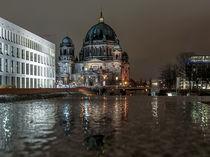 Berliner Dom, Nacht, Reflektionen by Karsten Houben