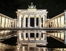 Brandenburger Tor bei Nacht by Karsten Houben