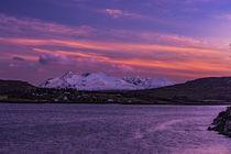 Cuillin Hills Mountain Range, across Loch Portree, on the Isle of Skye 4 von Bruce Parker