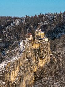 Schloss Bronnen in imposanter Lage by Christine Horn