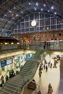 Bahnhof St. Pancras in London, 3 by Hartmut Binder