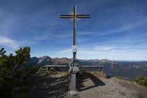 Kienjoch Gipfelkreutz by Rolf Meier