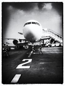 Flughafen Kathmandu 2 by Helge Lehmann