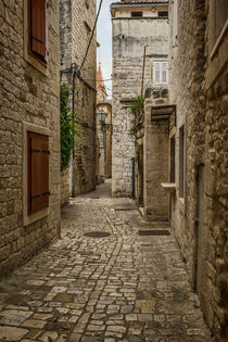 Trogir Alley by Colin Metcalf