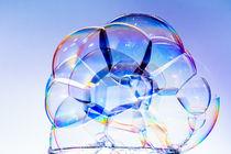 bubbles on white von Tim Seward