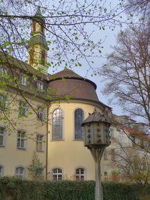 Taubenschlag vor der Stiftung Bruderhaus by kattobello
