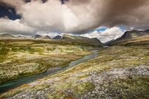 Rondane national park with mountains and river by Bastian Linder