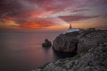 Lighthouse Sao Vicente during sunset, Sagres Portugal von Bastian Linder