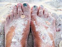 Füße im Sand --- Urlaubsfeeling von assy