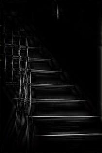 Dunkles treppen  von Bastian  Kienitz