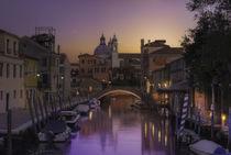 Venice behind the boatyard(San Trovaso) von Maurizio Fecchio