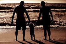 Familie am Strand von Maik Harker