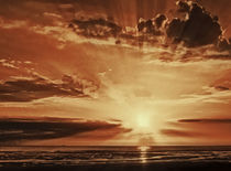Sunset rays by John Wain