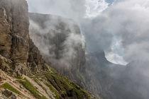 Nebel in den Dolomiten by Florian Westermann