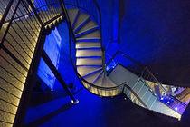 Treppe abwärts, im Wasserturm zu Lüneburg by Hartmut Binder