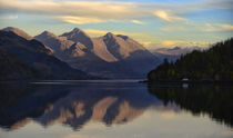 Reflections of the Five Sisters of Kintail von chris-drabble