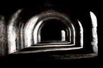 Licht im Tunnel von Bastian  Kienitz