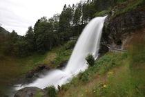 Steindalsfossen  von haike-hikes