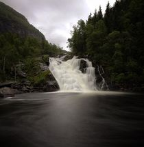 Wasserfall in Hardanger von haike-hikes