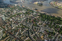 Hamburg von Oben - Ottensen & Dockland von photobiahamburg