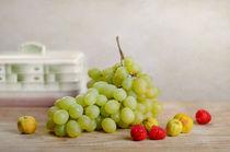 still life with assorted fruits von Rolf Eschbach