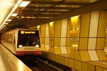 U-Bahn Station Junfernsteg von kattobello