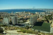 Marseille Bay  von Rob Hawkins