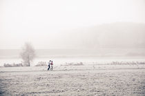 Joggingfreuden in Winterlandschaft by Thomas Schaefer  (www.ts-fotografik.de)