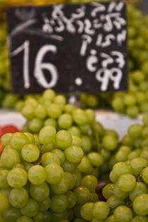 grapes by Dafna Hadad