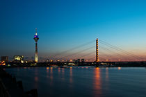 Abendstimmung am Düsseldorfer Rhein von Markus Hartmann